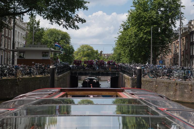 Must Do Amsterdam - Bootsfahrt durch die Grachten
