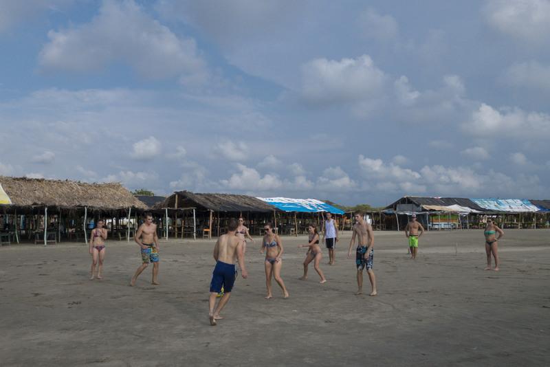 Fußball am Strand Sprachschule Cartagena
