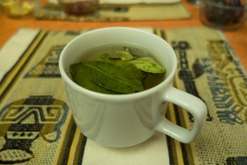 Mate de Coca - In Peru & Bolivien gilt der Tee als Mittel gegen die Höhenkrankheit