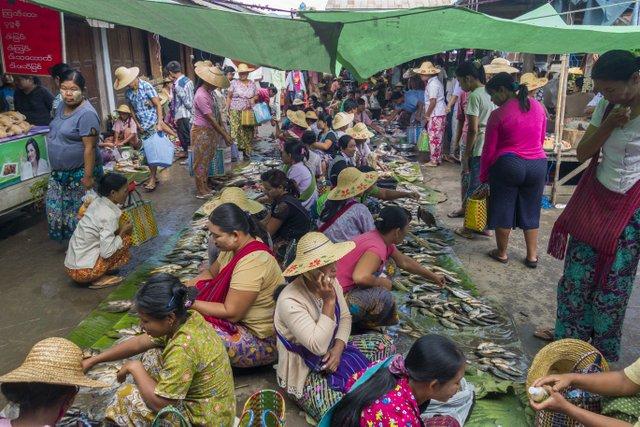 Markt am Inle See Myanmar