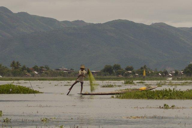 Myanmar Inle See Ein-Bein-Ruderer (2)