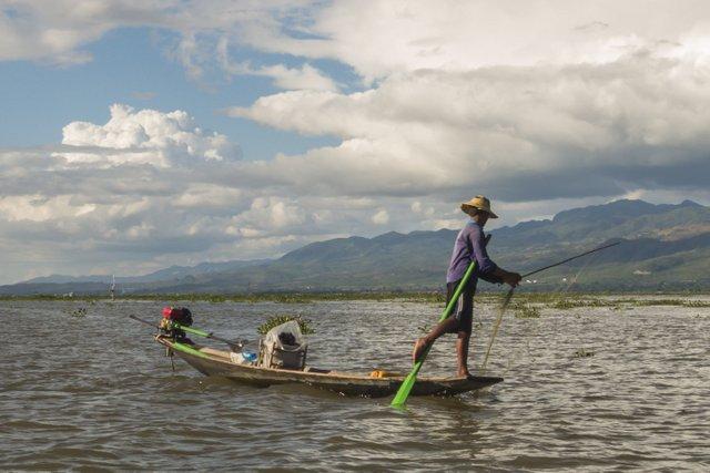 Myanmar Inle See Ein-Bein-Ruderer (3)