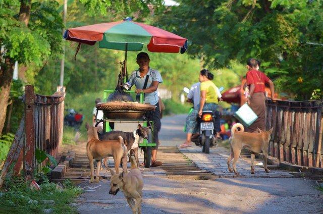 Myanmar Yangon Gemütliches Dorf Dala - fernab vom chaotischen Yangon