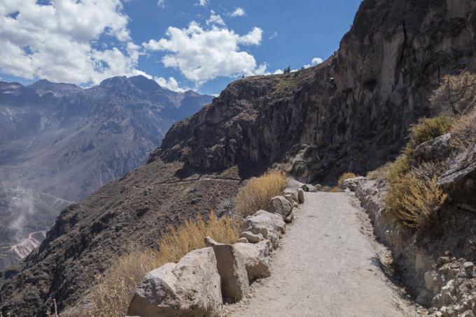 Trekking Colca Canyon (2)