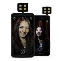Geschenkidee Reisende Smartphone_LED_Blitzlicht