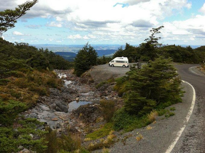 Freedom Camping Neuseeland direkt am Straßenrand möglich