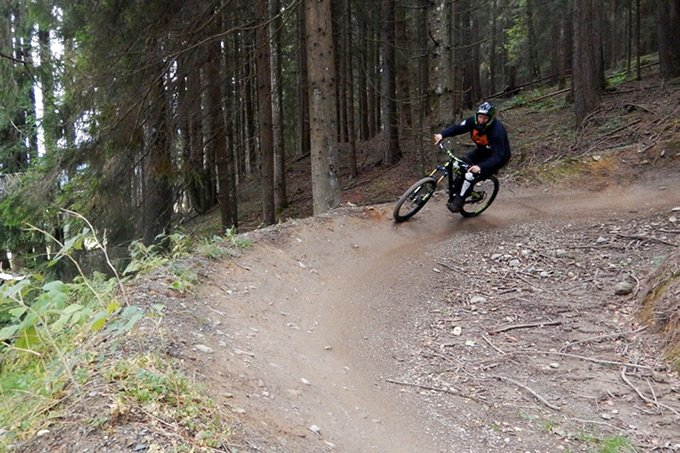 Outdoor Europa TravelPins_AktivReisen_DownhillMTB_Leogang