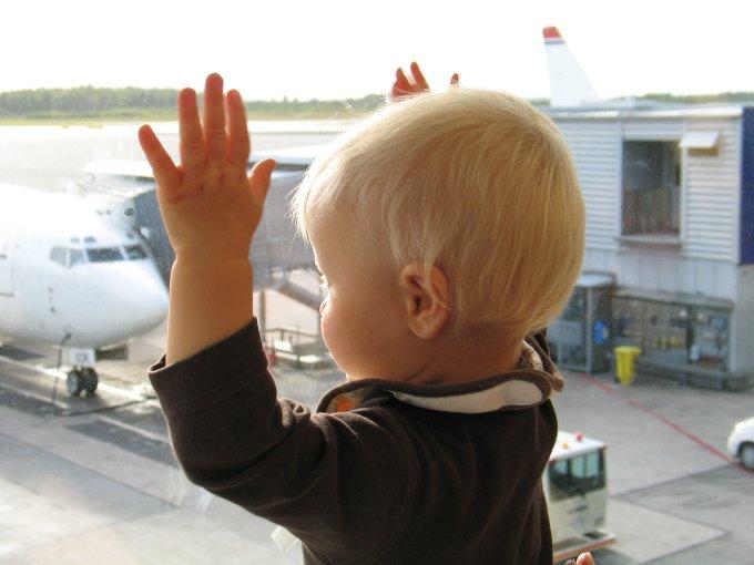 Interview Reisen mit Baby 4aufeinenstreich Abflug Schweden