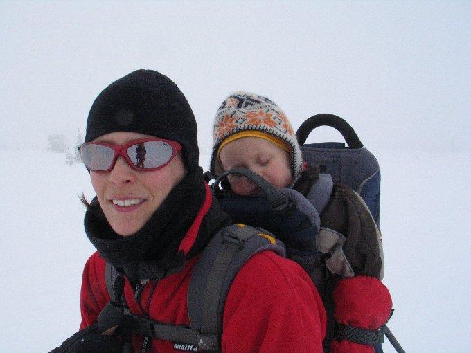 Interview Reisen mit Baby 4aufeinenstreich Skitour Dalarna
