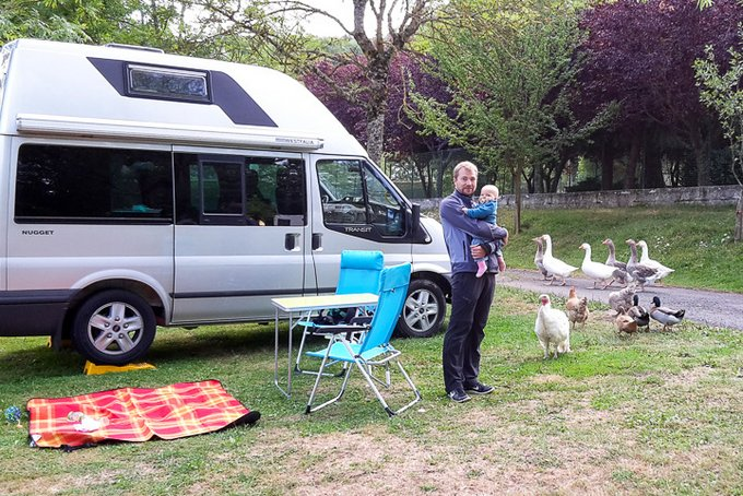 Interview Reisen mit Baby Ausreisserin Camping Auvergne