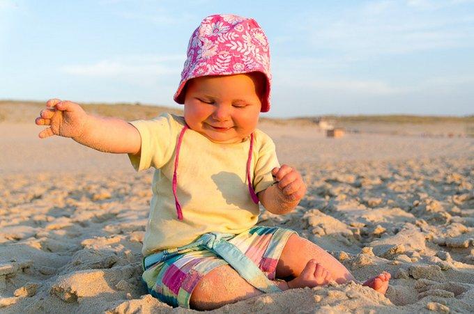 Interview Reisen mit Baby Lotta Strand Südfrankreich