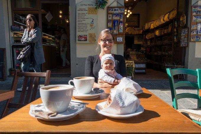 Reisen mit Baby Kaffeepause