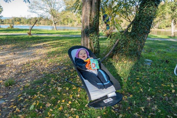 Reisen mit Baby und Babywippe