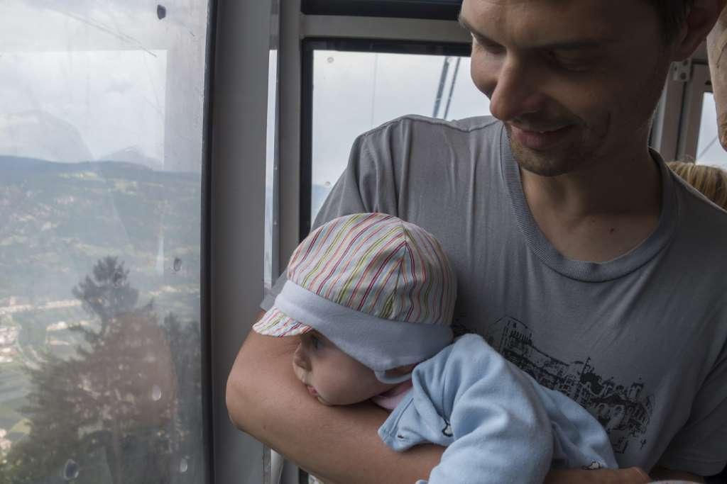 Wandern mit Baby Erste Seilbahnfahrt