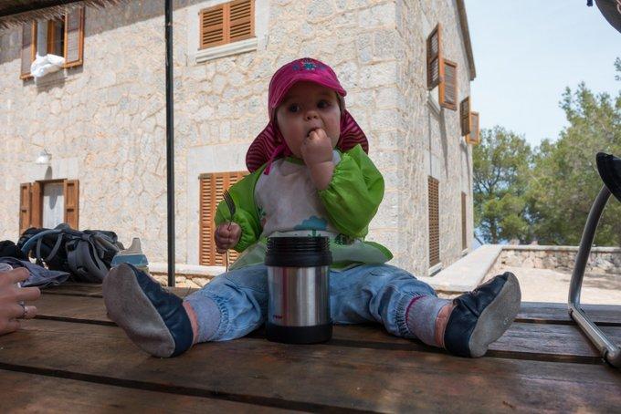 Wandern mit Baby Warmhaltebox mit Nudeln