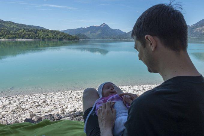 Wandern mit Baby bedeutet ausgedehnte Pausen unterwegs
