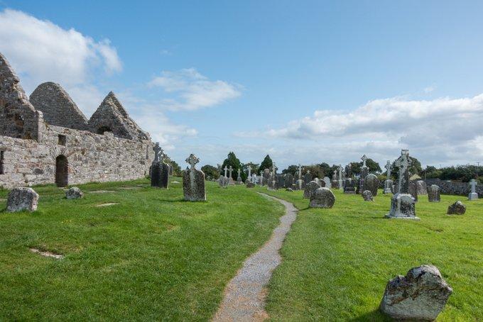 Wandern in Irland Clonmachnoise