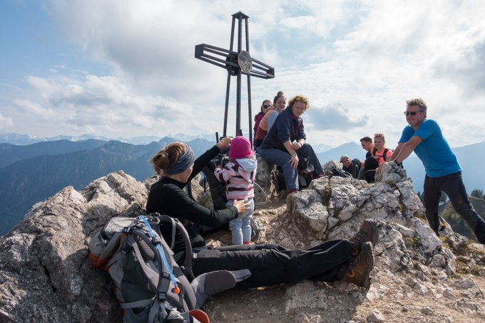 Wanderurlaub mit Baby Doppeltes Gipfelglück