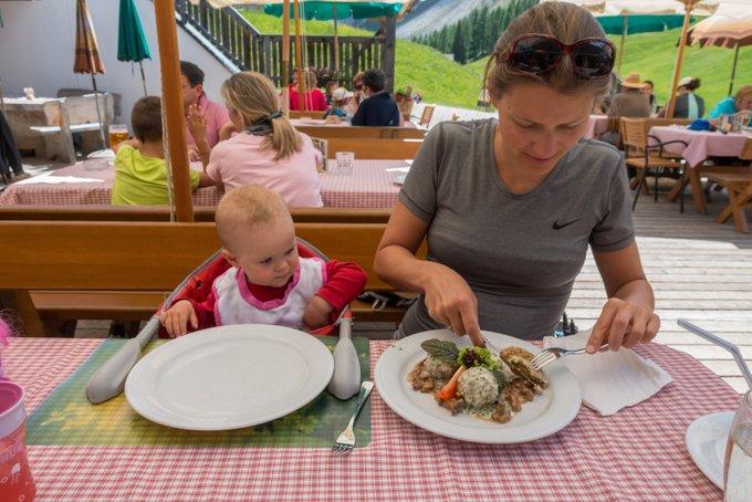 Wanderurlaub mit Baby Knödel auf der Rudi Hütte
