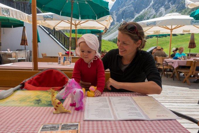 Wanderurlaub mit Baby Rudi Hütte