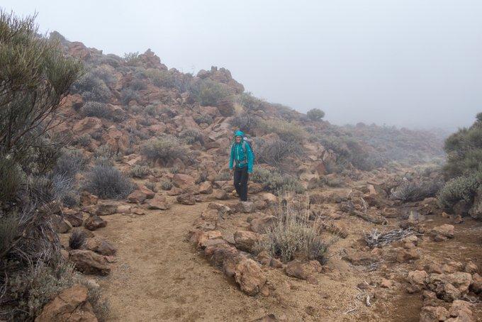 Wandern auf Teneriffa Arenas Negras bei Wolken