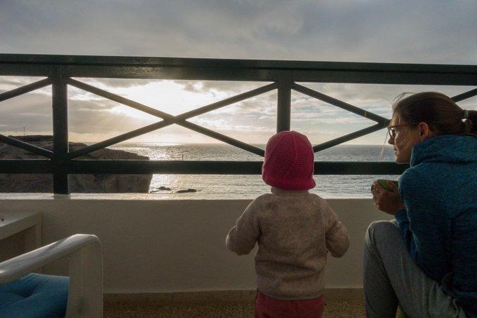 Teneriffa mit Kleinkind Sonnenaufgang vom Balkon