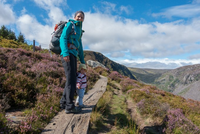 Roadtrip Irland Kleinkind Wanderung im Wicklow Mountains NP