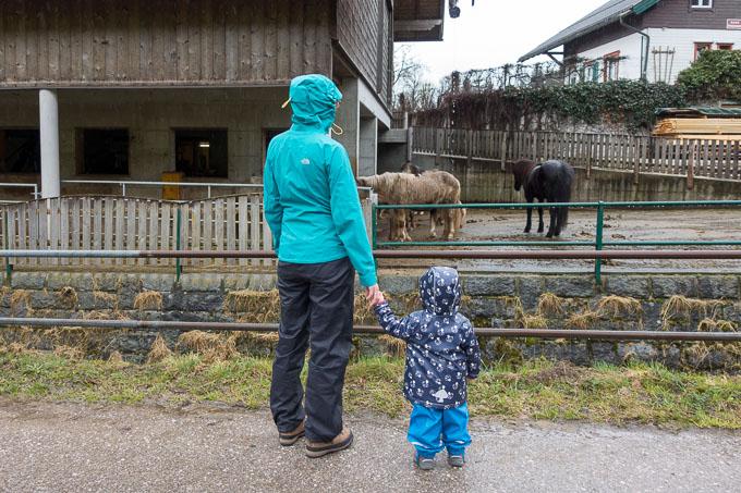 Wolfgangsee mit Kind an Regentagen