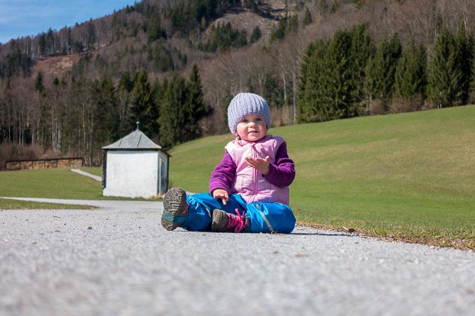 Wolfgangsee mit Kleinkind