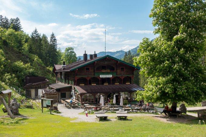 Anton-Karg-Haus Wanderung im Kaisertal mit Kleinkind