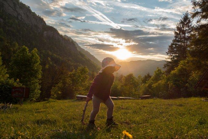 Wanderung Kaisertal mit Kleinkind Sonnenuntergang