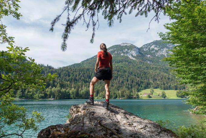 Wandern in Tirol Aussicht Hintersteiner See