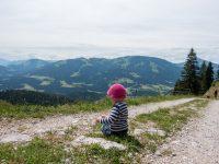 Anleitung für einen möglichst stressigen Wandertag mit Kleinkind