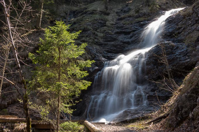 Wasserfall ohne Graufilter ISO80 F11 0.5 Sekunden