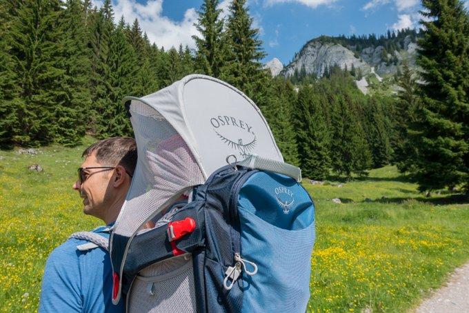 Osprey Kindertrage Erfahrungsbericht Sonnenschutz