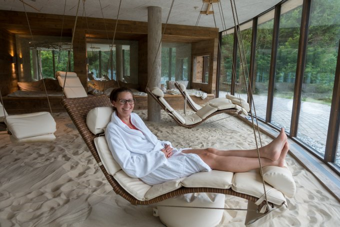 Chiemsee Übernachtungstipp Entspannung im Hotel Feuriger Tatzlwurm