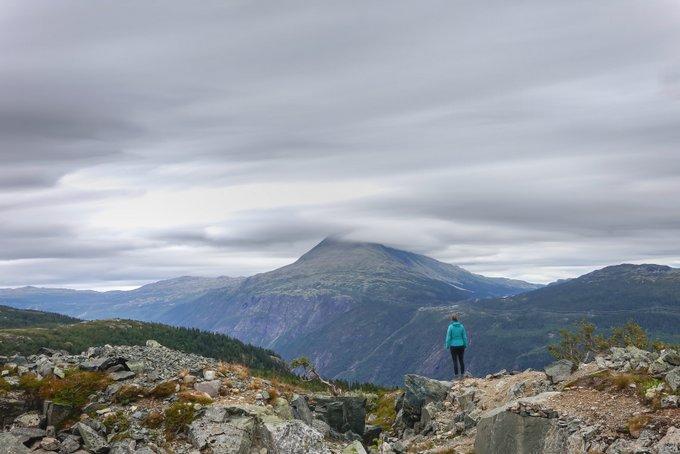Wandern Norwegen Hardangervidda Blick auf den Gaustatoppen