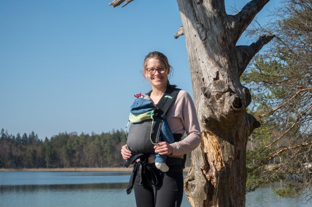 Wandern mit Baby Halfbuckle Babytrage