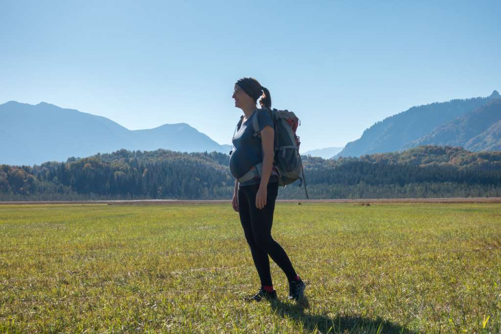 Wandern in der Schwangerschaft hebt die Laune