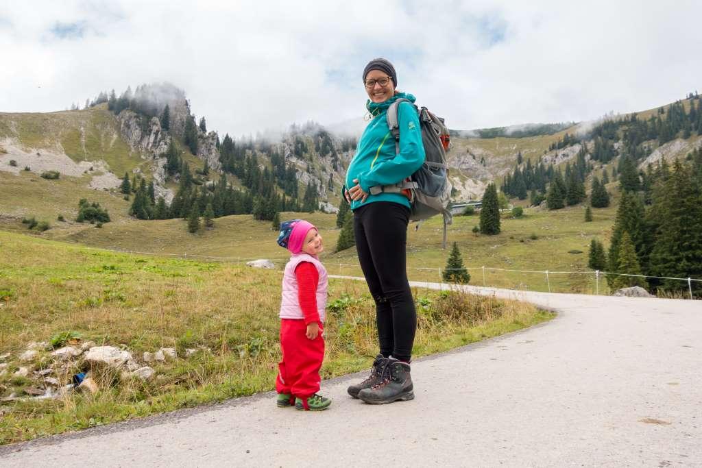 Wandern in der Schwangerschaft mit Kleinkind