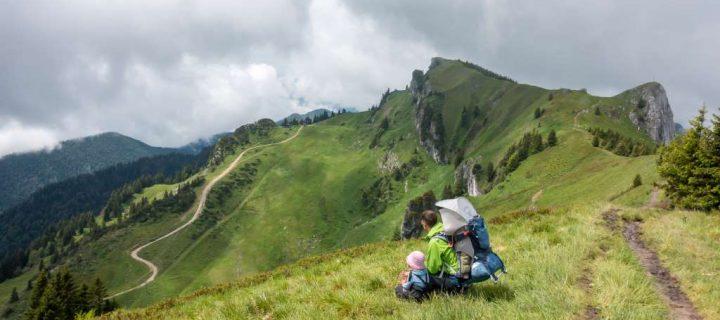 Wandern auf dem Brauneck mit Kindern – Hüttenübernachtung auf der Stie-Alm