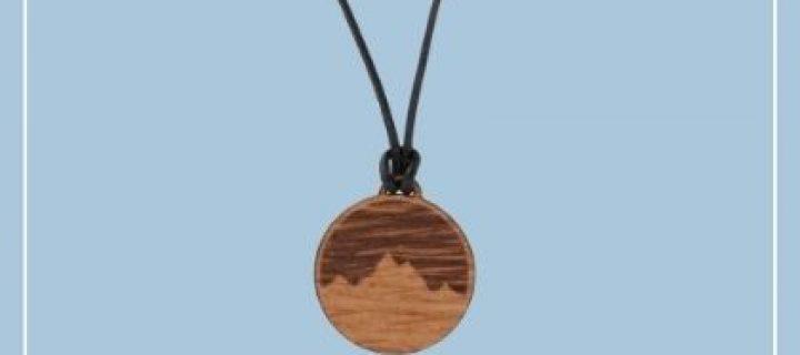 Holzkette Alpenblick by FJELLA