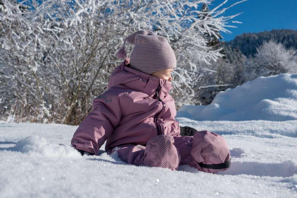 Wandern im Winter mit Kraxe