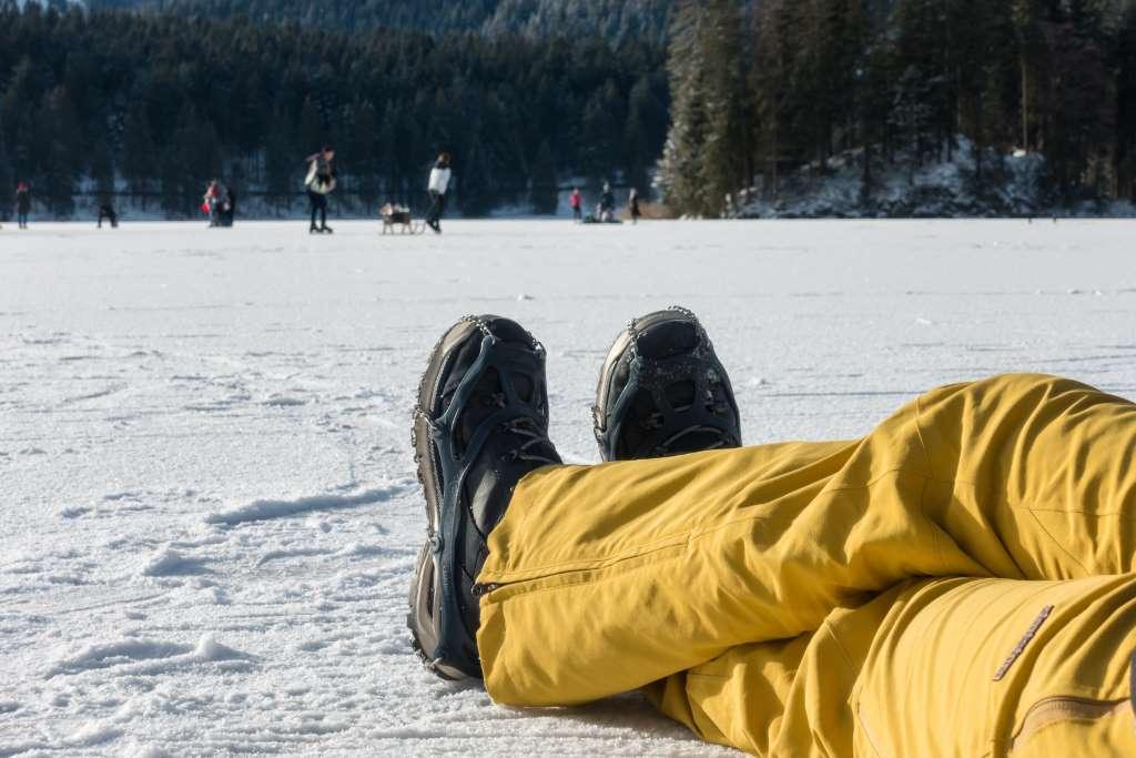 Wanderschuhe Grödel Winter