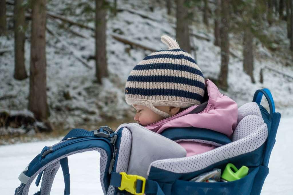 Winterwandern mit Kraxe Deuter