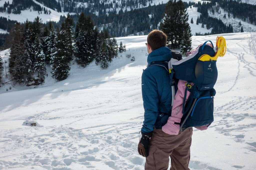 Winterwandern mit Kraxe