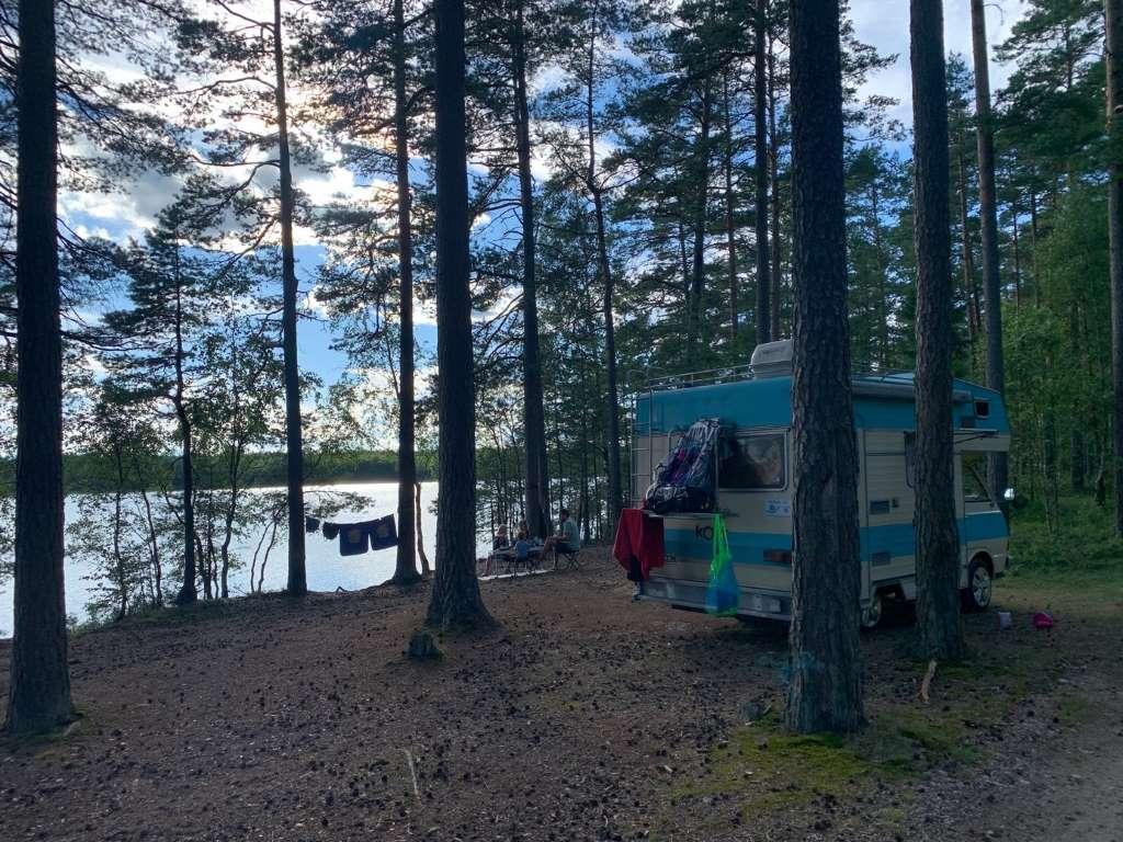 Natur pur Wohnmobil Urlaub mit Kindern