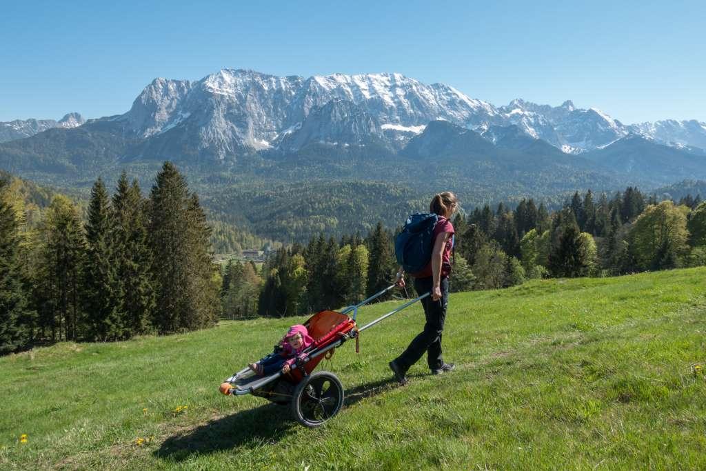 Wandern mit Kinderwagen Mittenwald