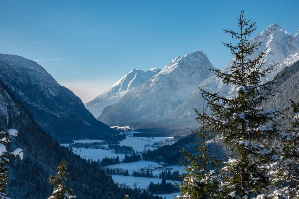 Wandern Kinder Winter Mittenwald